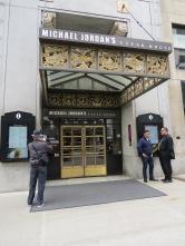 Even Michael Jordan's Steakhouse op de foto zetten
